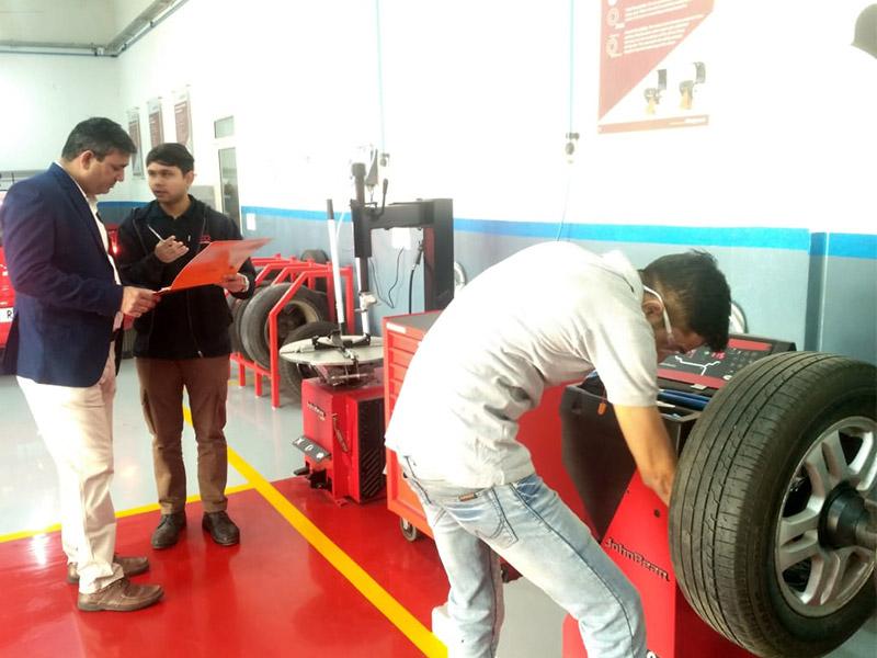 Assessments for automotive service technician team